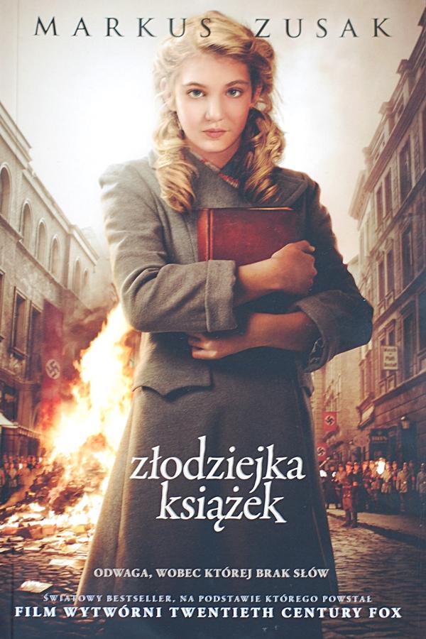 Markus Zusak: Złodziejka książek
